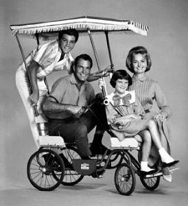 Donna Reed Show (the) - Main title - Famille Stone (la) - Générique