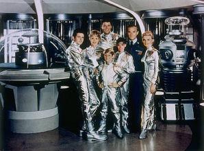 Lost in Space - Main title season 1 - Perdus dans l'espace - G�n�rique saison 1