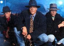Hat Squad (the) - Main title - Trois as (les) - Générique VO