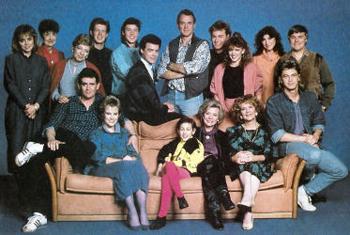 Neighbours - Main title 1992 - Voisins (les) - Générique 1992